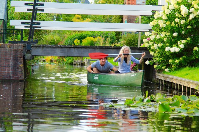canoe through a village without streets