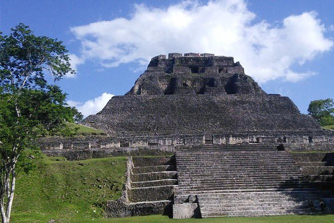 Xunantunich Mayan Ruins Tour from San Ignacio