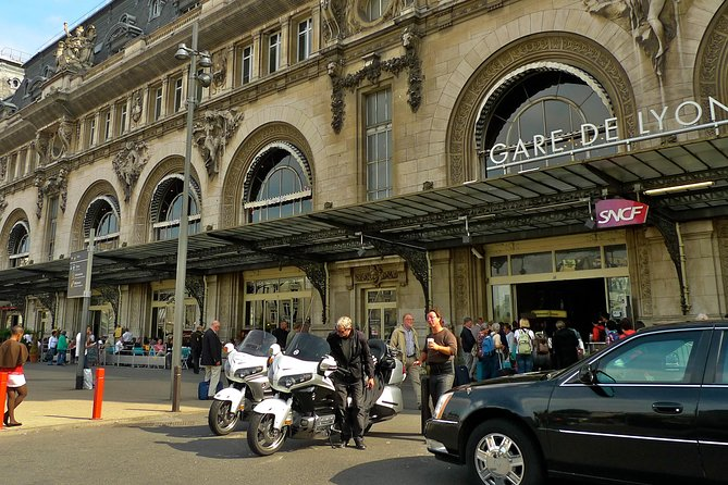 Paris Private Departure Transfer: Hotel to Railway Station