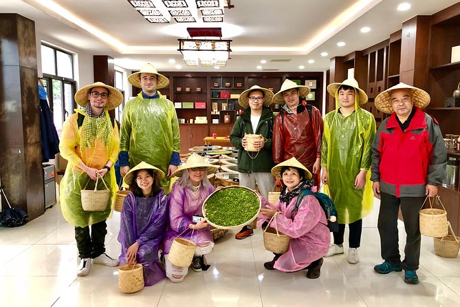 1-day Village Tea Picking, Roasting & Serving Guided Private Tour from Hangzhou