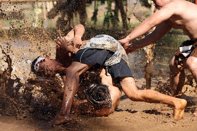 Balinese Mud Wrestling Game: Mepantigan