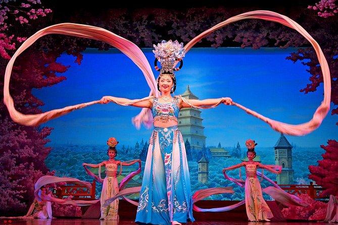 Private Xi'an Night Tour Including Tang Dynasty Dance Show & Dumpling Banquet