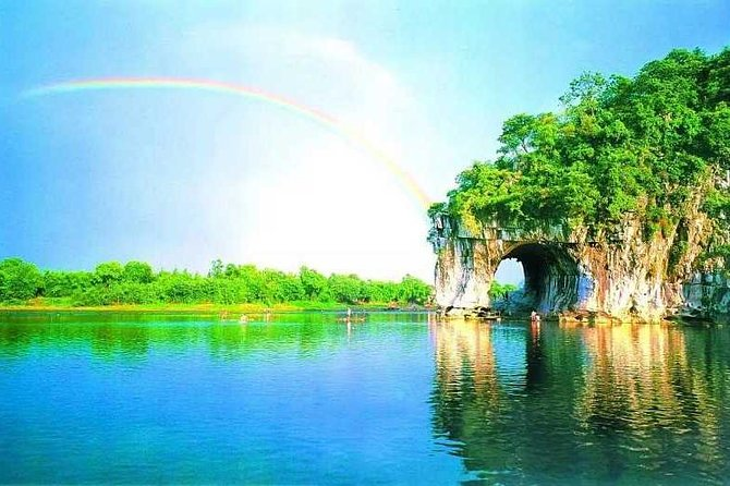 Private 1-Day Guilin Tour Including Elephant Trunk Hill And Reed Flute Cave