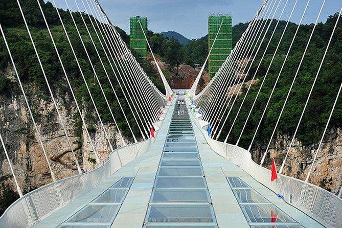 Private Tour of Zhangjiajie Grand Canyon Glass Bridge and Baofeng Lake