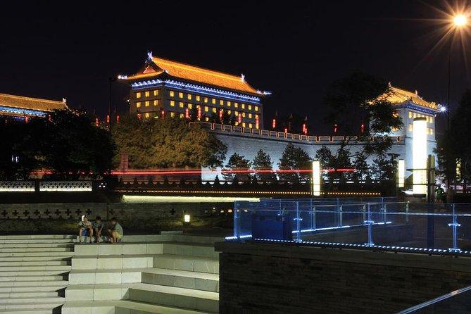 Xi'an Evening Tour: South Gate Square, Fountain Show Square