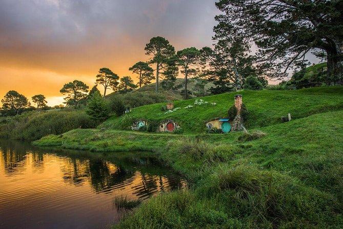 Rotorua Geysers and Hobbiton experience