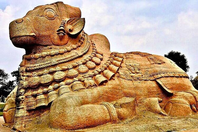 Tour to LEPAKSHI, Hanging Pillar, Frescos, Cultural & Archaeological