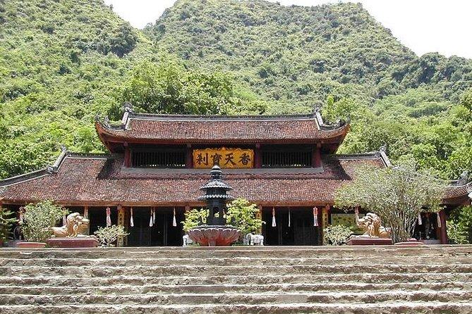 Full-Day Pilgrimage to Perfume Pagoda Tour