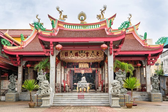 Private Full-Day Old Phuket Tour