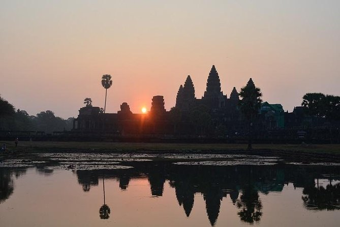 Full Day Angkor Tour from sunrise by Tuk Tuk
