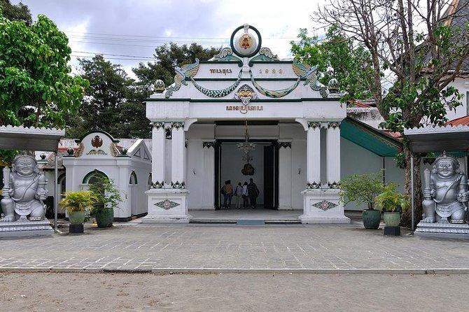 Full Day Trip To Yogyakarta From Bali