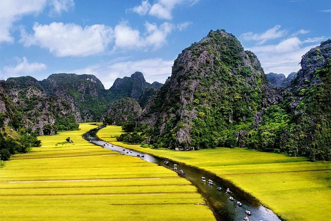 Full-Day Tour to Hoa Lu and Tam Coc from Hanoi