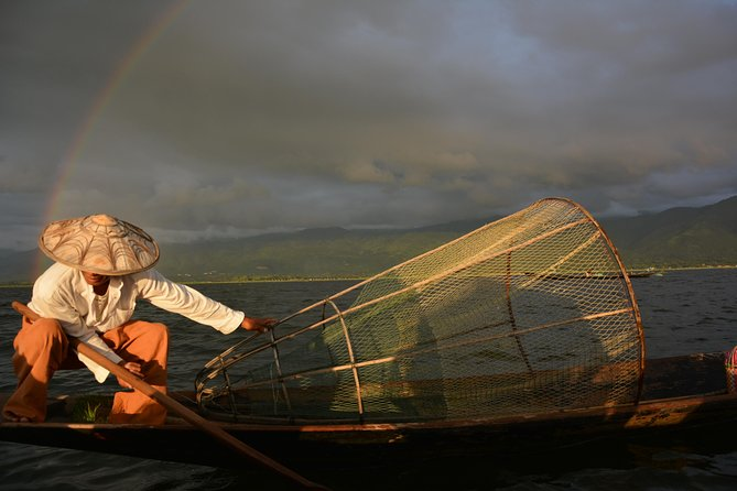 Inle Lake boat trip and Inn Dein full day with lunch