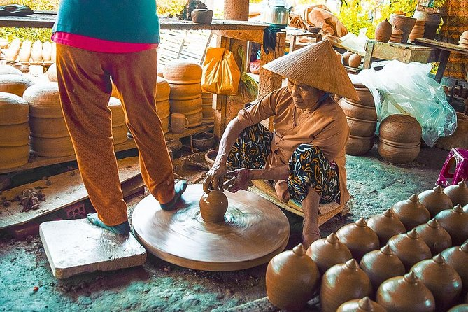 Boat Trip to Discover Traditional Handicraft in Hoi An