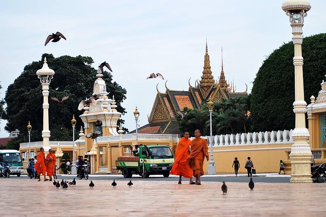 ESSENCE OF PHNOM PENH: PEARL OF INDOCHINA - 2 days 1 night