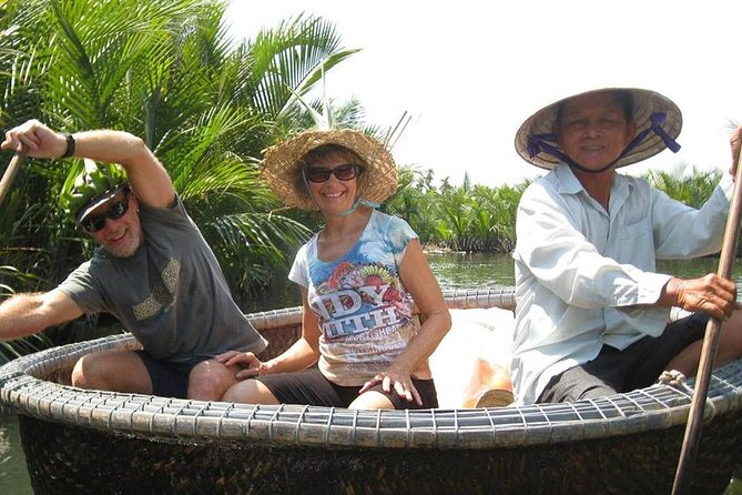 Hoi An Half-Day Trip to Cam Thanh Village with Bamboo Basket-Boat Experience