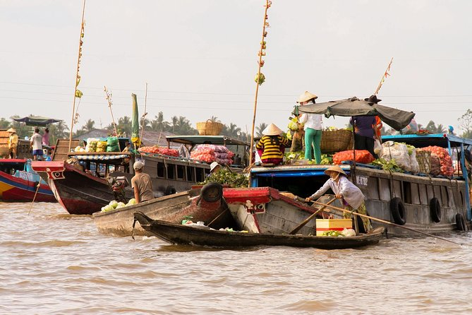 Mekong Delta Floating Market experience 2-day: Small group tour