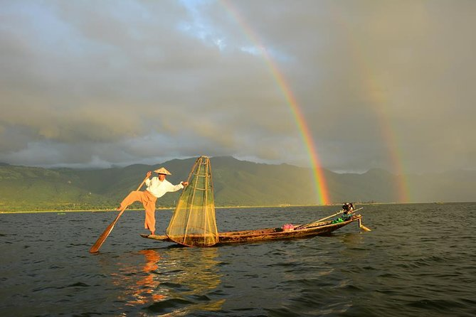 Inle Lake Full-Day Tour with Boat Trip and Lunch