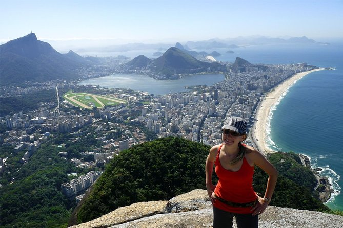 Experience Favela: Two Brothers Hike and Vidigal Tour plus Free Açaí