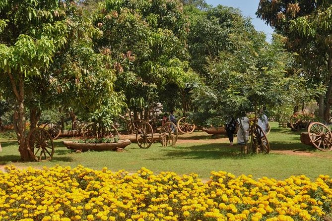 Visit to Flower City of Pyin Oo Lwin from Mandalay by day return trip