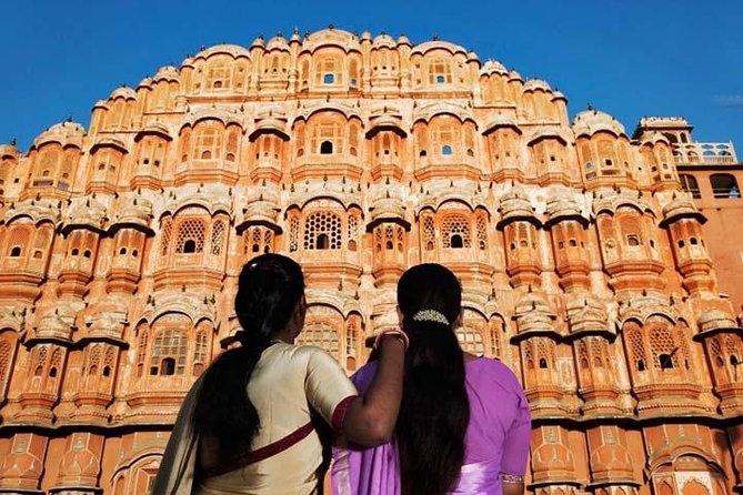 Private 2-Day Tour to Jaipur and Jai Mandir from Delhi by Car