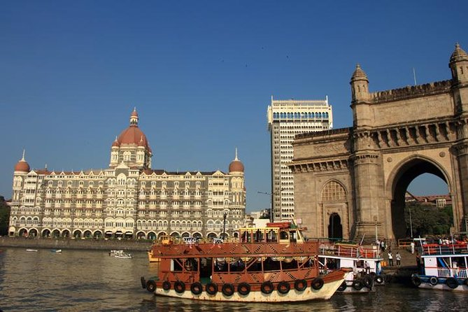 Private Full-Day Mumbai City Tour with Elephanta Caves Excursion