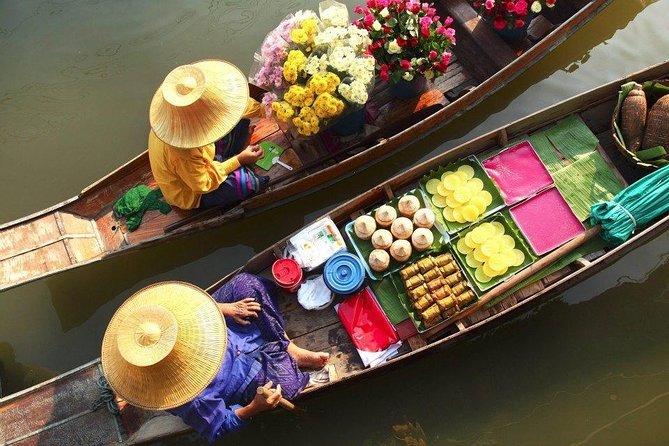 Damnern Saduak Floating Market, Grand Palace and Wat Phra Keo Tour from Bangkok