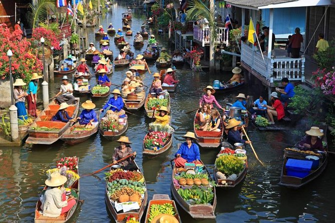 Floating Market with Wat Bang Kung Temple and the Railway Market