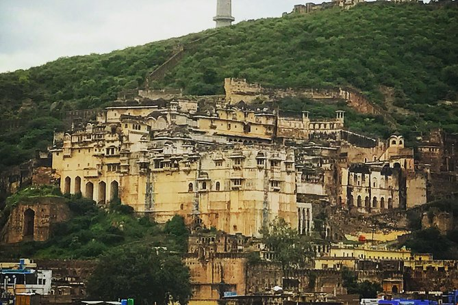 Private Day Tour To Bundi Fort From Jaipur With Lunch (Optional)