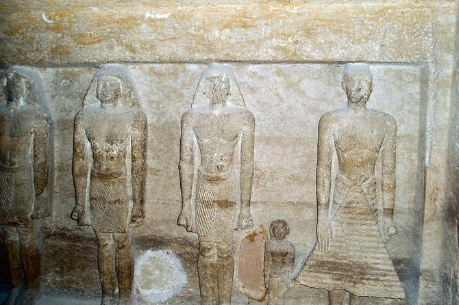 Private Giza Plateau and Pyramids Day Tour