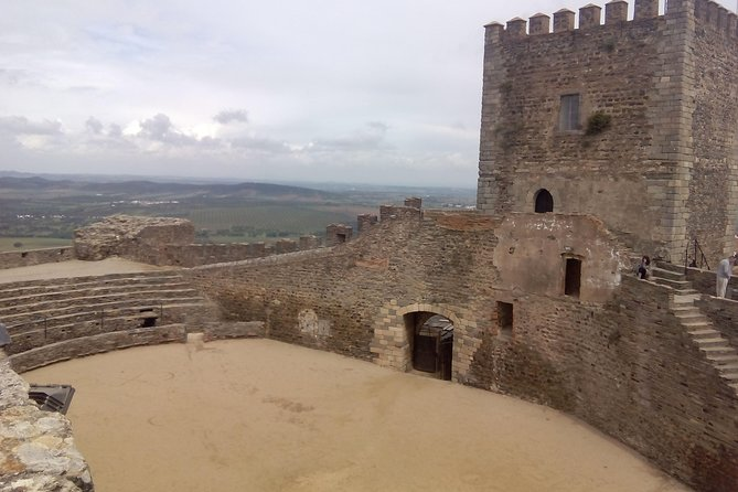 Alentejo Tour with Pottery Village and Wine Tasting