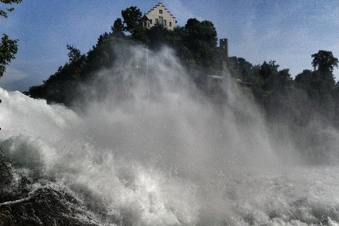 Rhine Falls Schaffhausen with Boat Tour to the Rock Private Tour from Zürich