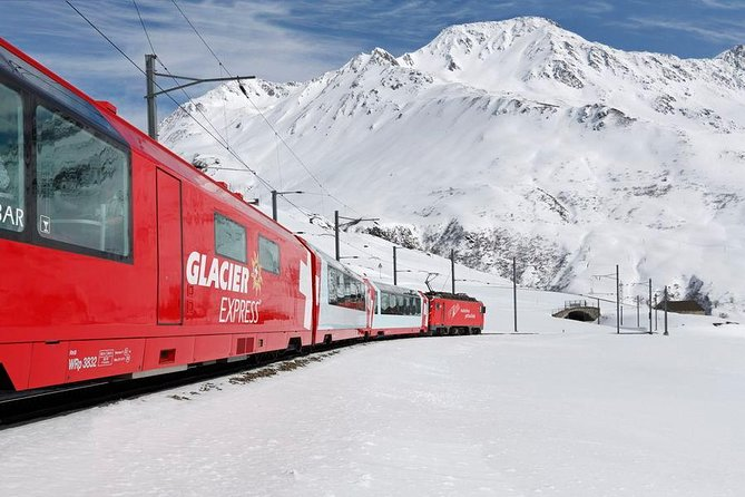 Glacier Express Panoramic Train Round Trip in one Day Private Tour from Zürich
