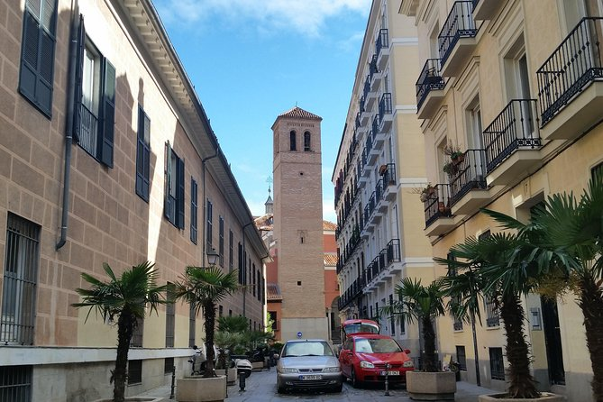 Half-Day Madrid History and Legends Private Walking Tour
