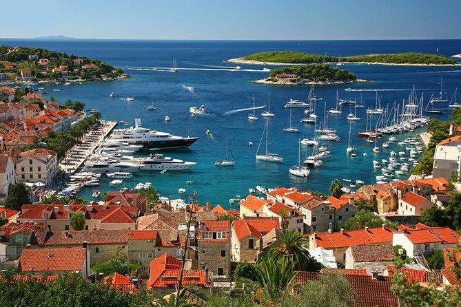 Private transfer Dubrovnik <-> Hvar with boat