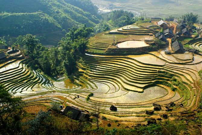 2-Day Spectacular Sapa Trek With Sleeper Bus From Hanoi - Overnight At Hotel