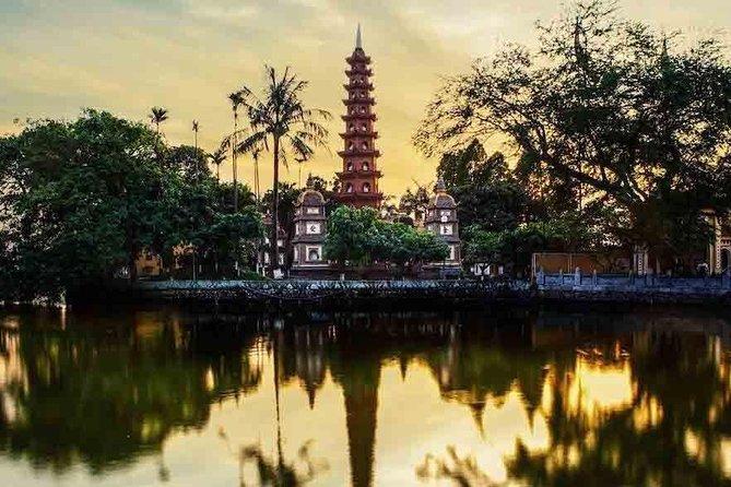 5-Day Tour of Hanoi Including City Tour Bat Trang and Halong Bay
