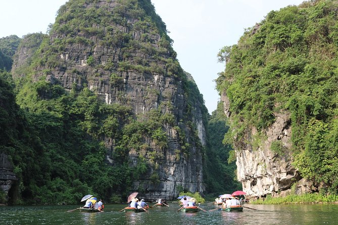 Eco Hoa Lu and Trang An: Full Day Cycling and Boat Tour