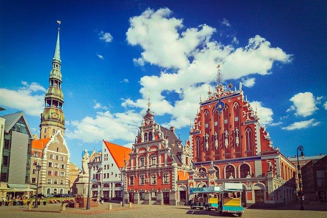 Tallinn-Riga Sightseeing Tour Bus