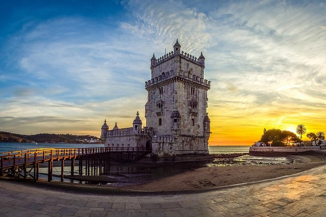 Charming Lisbon - Private Tour / Luxury Van Sprinter