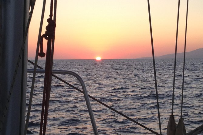 Mykonos Alternative and Adult Only Sunset Sailing Aperitivo Cruise