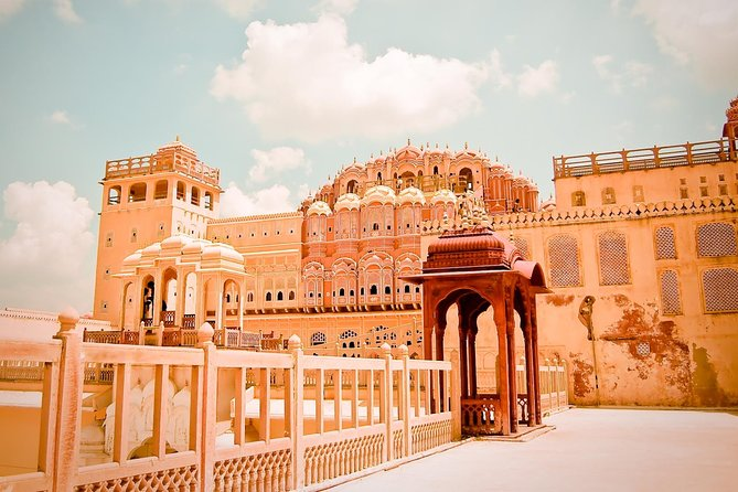 Excursion To Jaipur City Palace Museum & 4 more with Entry Tickets & Transports