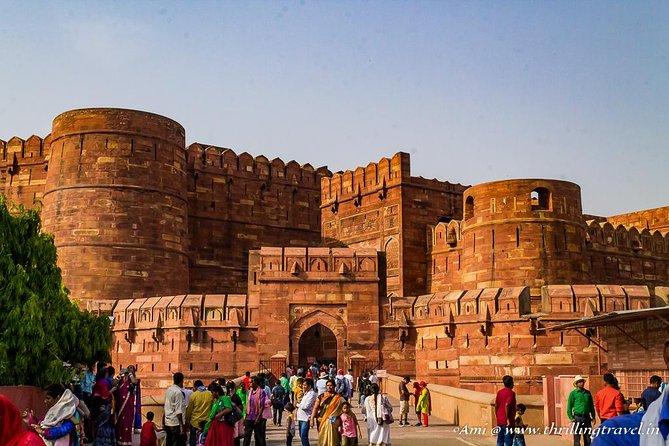 Overnight Agra Taj Mahal Tour From Delhi