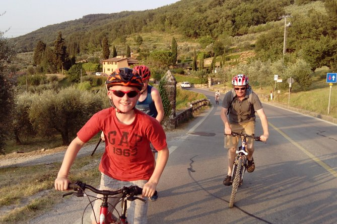 Tuscan countryside Half-Day Bike (or E-bike) Tour & Farm visit
