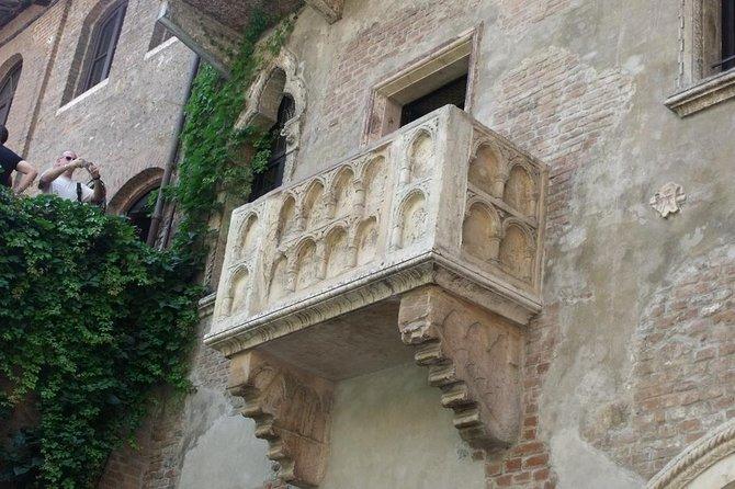 2-Night Garda Lake and Verona Tour from Milan or Venice