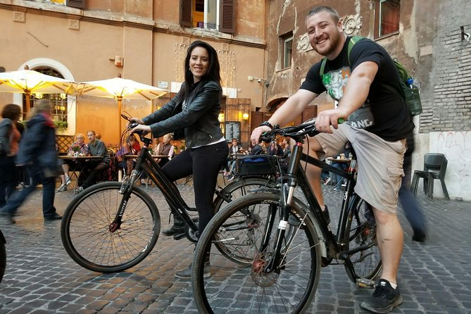 Rome Evening Electric Bike Tour with Appetizer