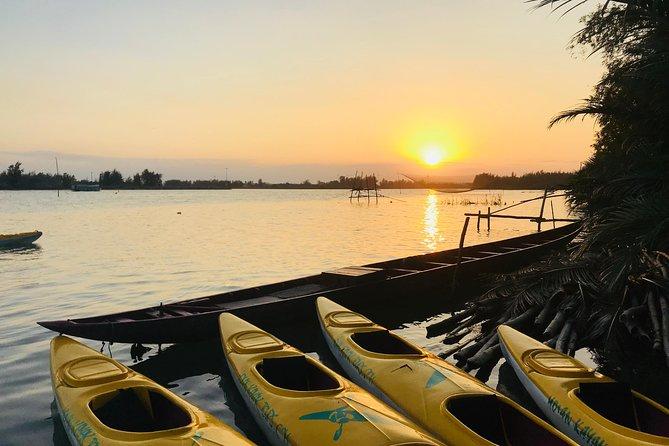 Sunset Paddle and Lantern Town