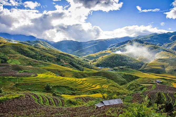 Sapa 3 days discovery by bus and Backseat of Motorbike