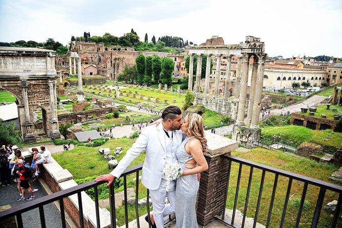 Casal romântico foto tiroteio em Roma