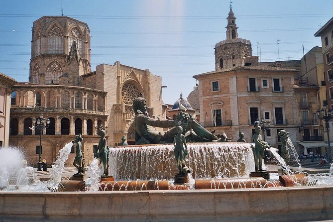 Virgen Square